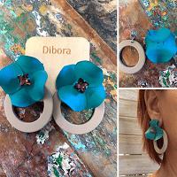 Emerald Blossom flower stud earrings
