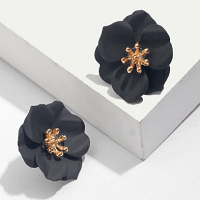 Stud Flower Petals Earrings in Black