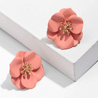 Stud Flower Petals Earrings in Pink