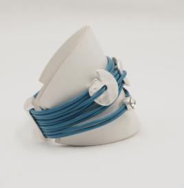 White Leatherette Single Bracelet Display (PK of 10) 1