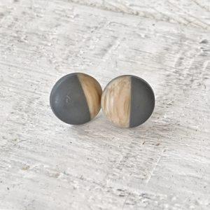 Cabochon Stud Grey/Woodgrain