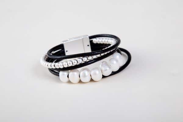 BILLIE Cuff Bracelet - Black 1