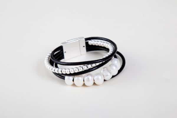 BILLIE Cuff Bracelet - Black 3