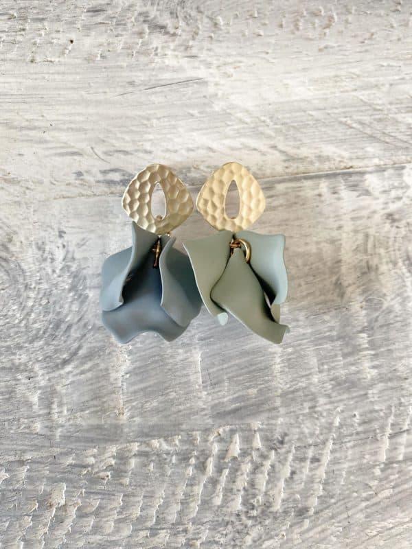 Isabela Earrings Sage Green